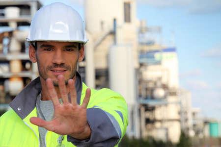 Foreman saying stop on site