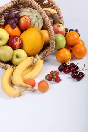 canasta de frutas: Cesta de frutas