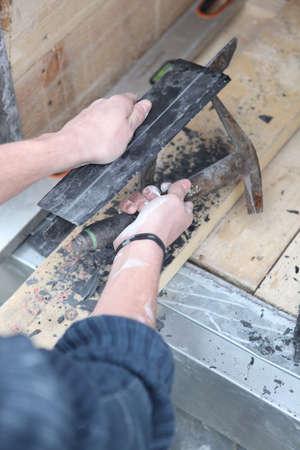 Artisan roofer photo