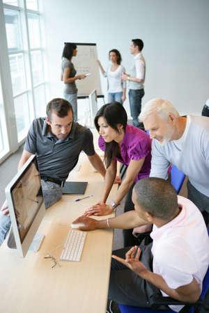 computer graphics: Graphic designer training