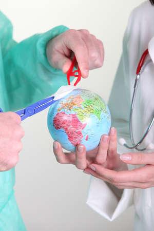 alarming: medical staff operating on globe