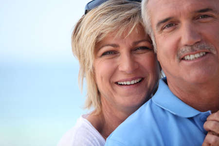 conjoin: couple of old people smiling