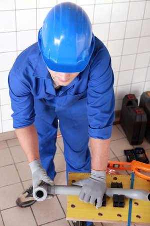 kunststoff rohr: Klempner-Messung Kunststoffrohr Lizenzfreie Bilder
