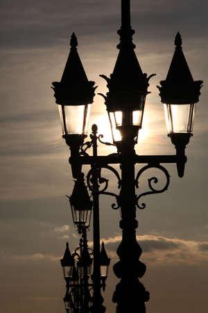 lampposts: Lamp posts