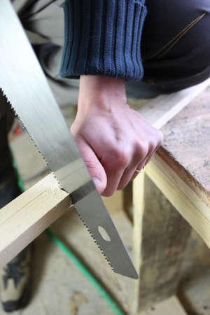 handsaw: El hombre con la mano-vi