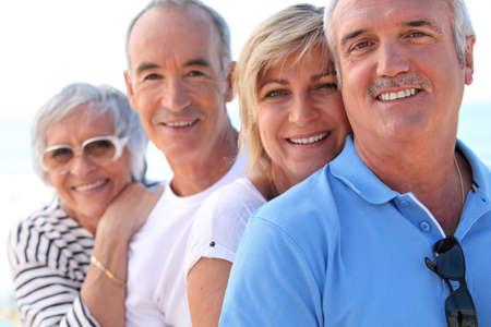 Ve středním věku páry venku Reklamní fotografie