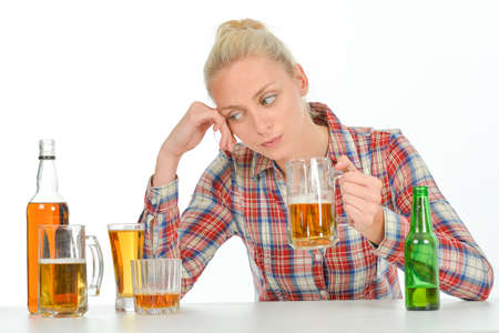 depend: Drunk blond woman needs to stop