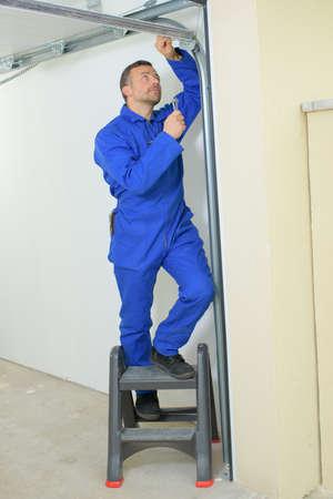 Новая дверь гаража