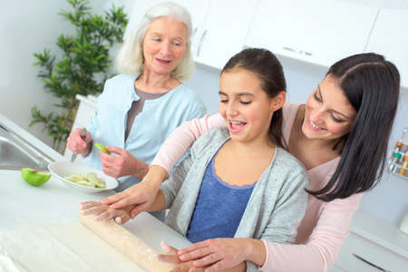 home cooking: Family baking together