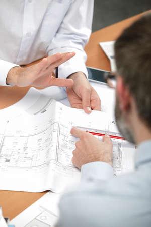 trabajando duro: Arquitectos que trabajan duro