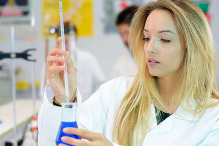 research science: experiment in the lab