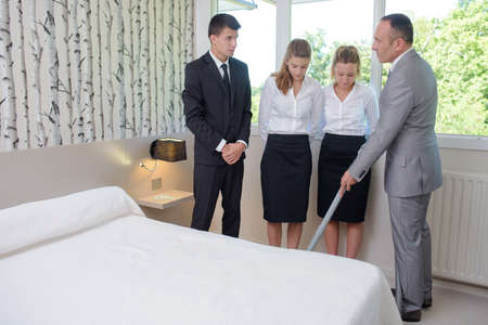 bed skirt: teaching to clean