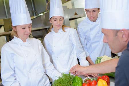 estudiantes adultos: culinario curso