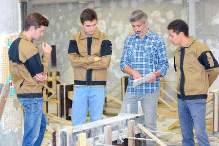 carpintero: escuela de carpintería