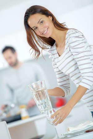 arreglo floral: Poner la mesa de comedor Mujer