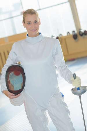 esgrimista: retrato de esgrima femenina