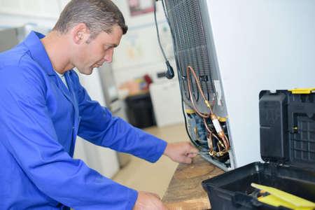 fixing: fixing an appliance