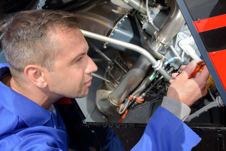 équipement d'avionique mécanicien