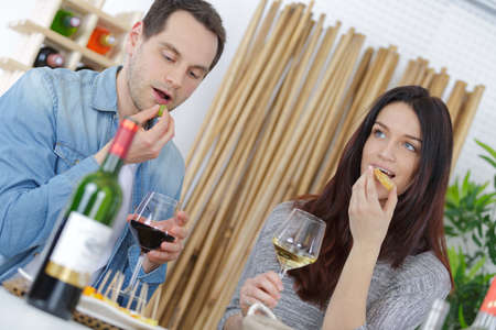 blind date: couple having a romantic lunch