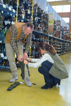 transact: vendor helping a customer