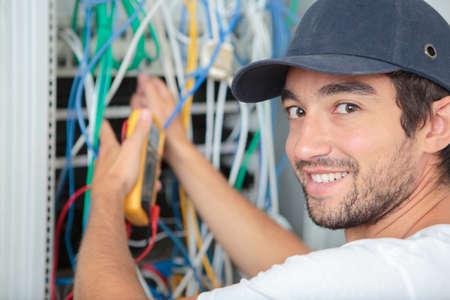 elektricien op het werk Stockfoto