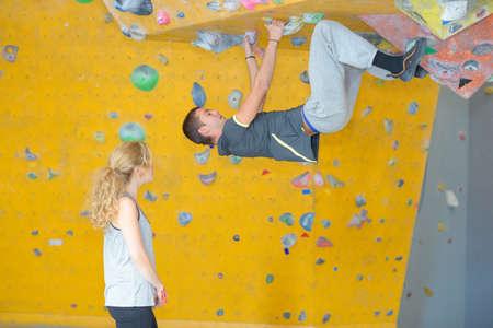 bouldering: overhang bouldering skill
