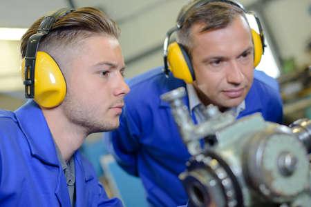 dismantle: industrial machinery mechanic