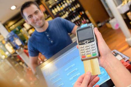 pagando: el pago de tarjeta de crédito para compras
