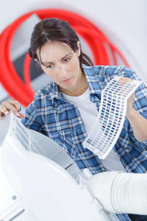 humidify: its time to cleaning and washing maintenance