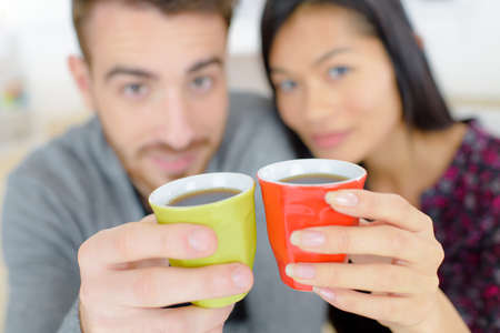 boy lady: Couple drinking coffee