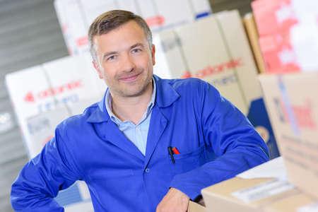 man with boxes Reklamní fotografie