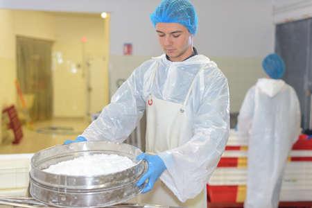 Worker sieving ingredient