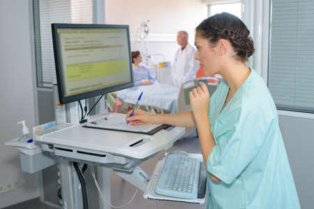 患者の詳細を書いてください。 写真素材