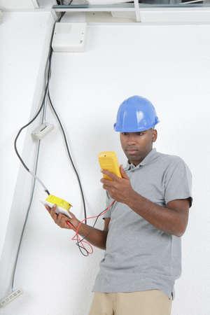 telecommunication technician checking the line Stockfoto