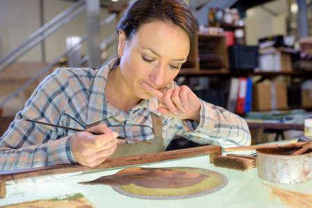 artistas: Artista, contemplar, ella, trabajo Foto de archivo