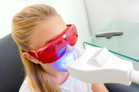 safety googles: dental xray