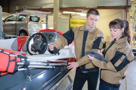 resell: vehicle repair shop Stock Photo