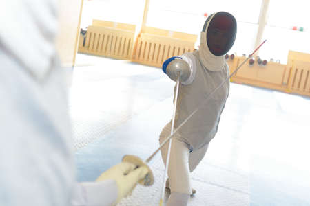 right fencing posture