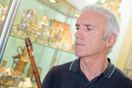 antiquary: antiques shop customer