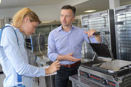 buying an electric sandwich maker Stock Photo