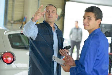 the mechanic supervisor Фото со стока