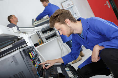 electronic printer technician