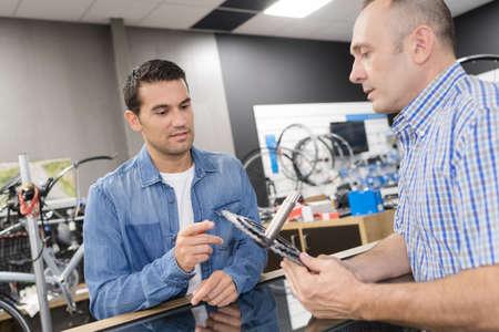bicycle repair shop Standard-Bild