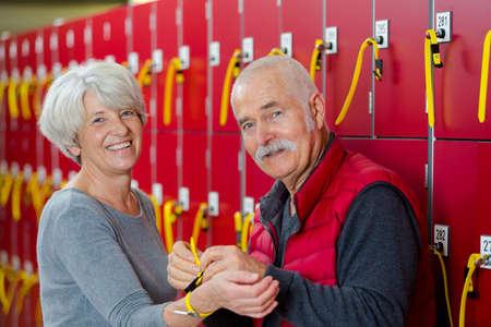 Senior couple in fitness club locker room Zdjęcie Seryjne