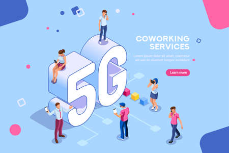 Internet systems telecommunication service. Wifi broadcast and data generation. Mobile 5G smartphone signal, tech of speed, global broadcasting to cloud. Isometric concept with characters illustration Foto de archivo - 106377645