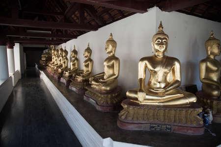 tranquilly: Buddha image Editorial
