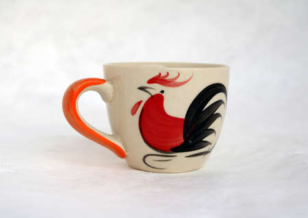 A ceramic cup of chicken, The history of the cup and bowl of chicken. Origin in Chinese city over one hundred years.