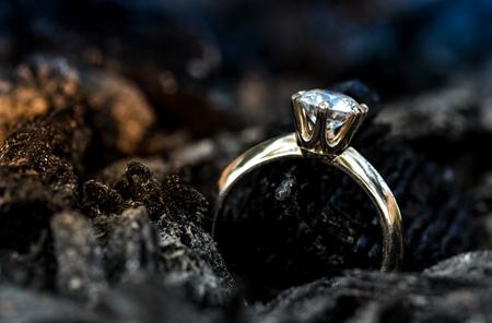 Luxury golden ring with diamond