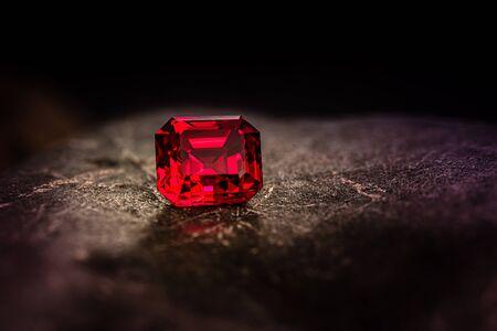Red Ruby stone on black Standard-Bild