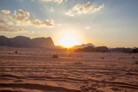 wilds: Majestic mountain desert of Wadi Rum in Jordan